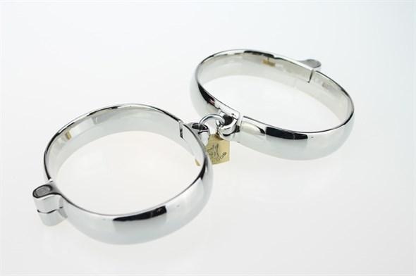 Кандалы металлические на жесткой сцепке, 6*7,7 см - фото 42405