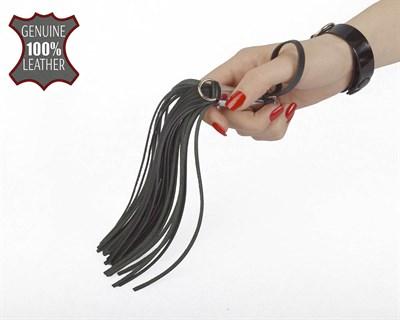 Флогер кистевой с металлической ручкой, 23 см