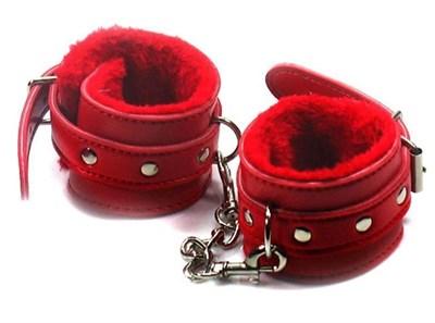 Наручники с мехом красные, искусственная кожа и мех